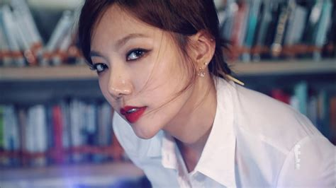 Lee Chae Young   Hot Librarian   Saturday Night Live Korea