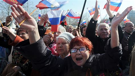 West furious as Crimea accepted into Russia — RT World News