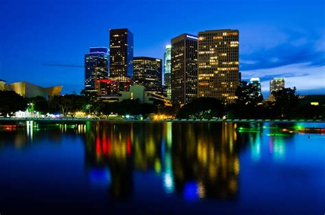 Night LA Helicopter Sightseeing Tour - Los Angeles | TourSales