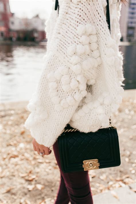 Pom Pom Hearts :: Knit Your Love Sweater - Color & Chic