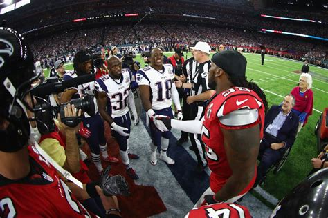 Super Bowl etiquette: Is it OK for players not to shake