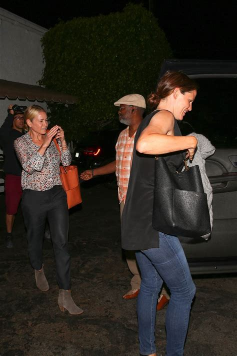 Jennifer Garner all smiles while out for dinner with